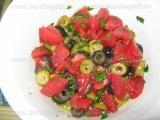 Salata de rosii cu capere si masline