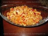 Salata de varza cu morcovi si ardei «3/3»