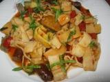 Paste cu carnati si sos de rosii «3/3»