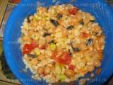 Salata de cus-cus cu naut,legume si maioneza