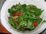 Salata de verdeturi cu rosii «3/3»